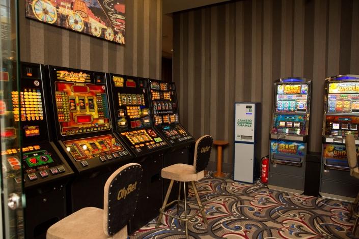 Игровые автоматы в вильнюсе игровые автоматы кампот бесплатно