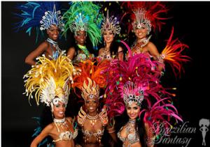10-ojo baro gimtadienio scenoje – šokėjos iš Rio de Žaneiro karnavalo